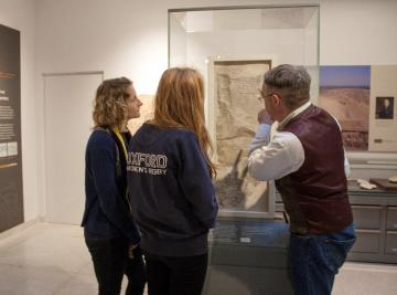 An undergraduate Egyptian class at the Ashmolean Museum