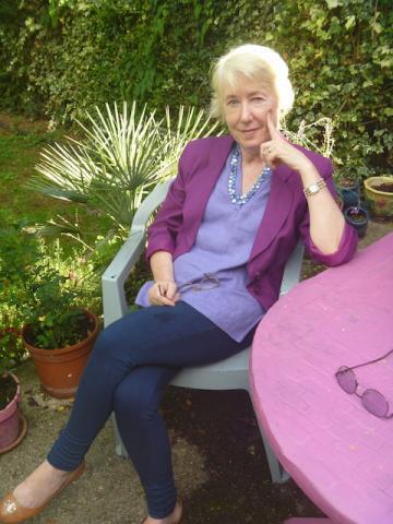 Photograph of Dr Stephanie Cronin