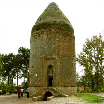 This is a photo of a monument in Azerbaijan identified by the ID 6. Credit: Wikimedia Commons