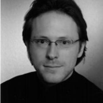 Photograph of Joshua Seufert